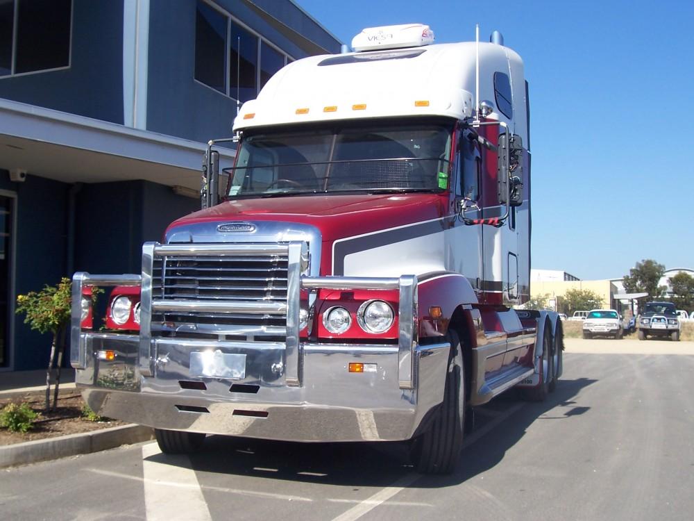 Freightliner Century Signiture Bar Aluminium Auto
