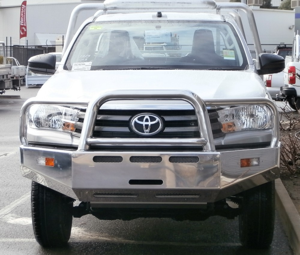 Toyota Hilux 2016 Model Mega Bar Aluminium Auto