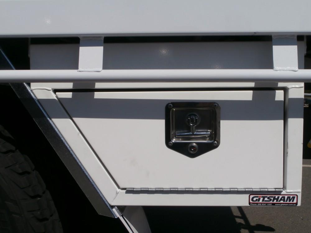 Standard Under Tray Steel Tool Box Aluminium Auto