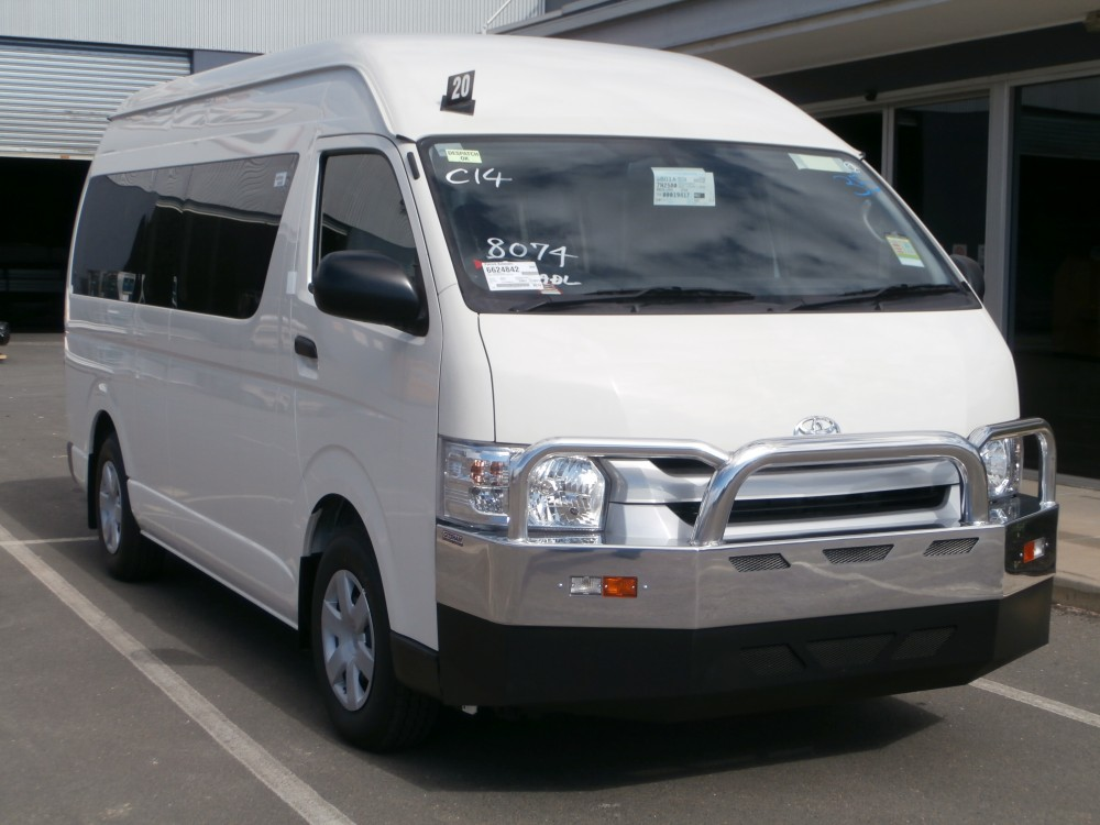 Toyota Hiace Commuter Slwb 2014 Model New Shape
