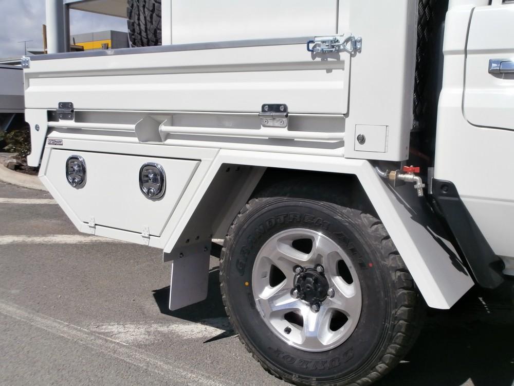 Landcruiser 70 Series Custom Welded Tray Painted